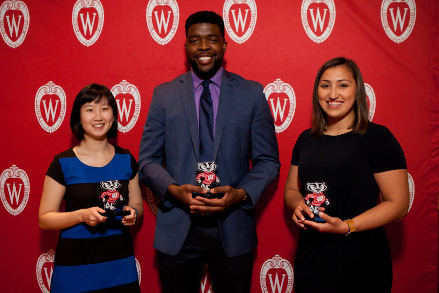 2018 Peer Mentor Award Winners Liza Chang, Folagbayi Arowolo, and Amelia Cuarenta
