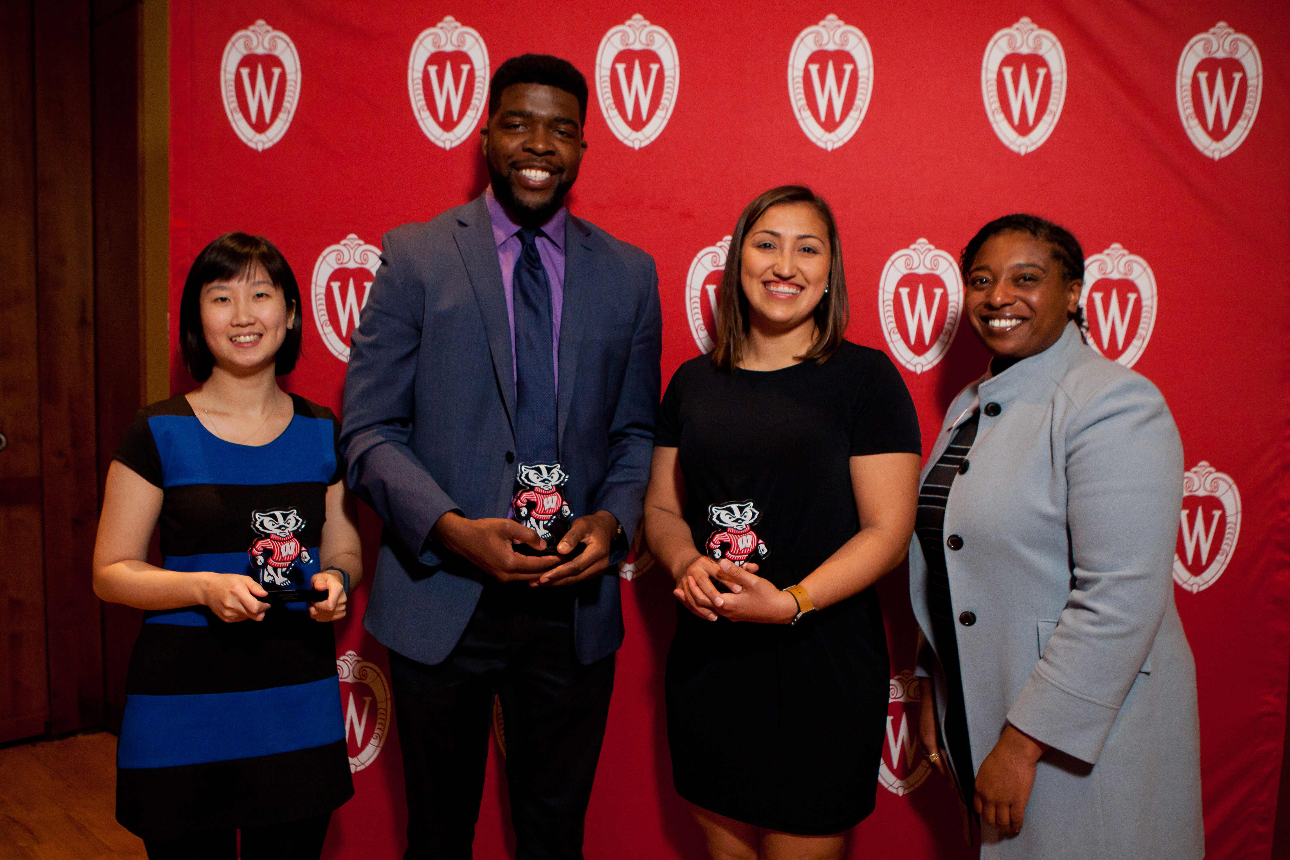 2018 Peer Mentor Award Winners Liza Chang, Folagbayi Arowolo, and Amelia Cuarenta; and Dr. LaRuth McAfee, assistant dean in the Graduate School